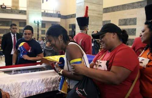 Chávez opgebaard