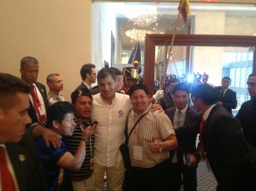 Rafael Correa met vertegenwoordigers van de Community Media