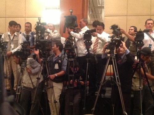 En dus hadden alle fotografen en cameramannen zich voor niks opgesteld