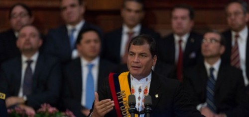Correa in parlement