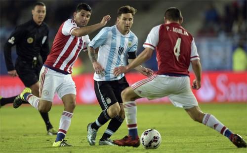 Messi tegen Paraguay